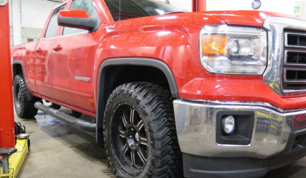 '14 GMC Sierra TRUXXX level off kit installed at Dales Auto Service