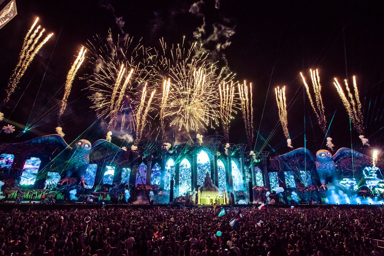 New Years Eve Wallpaper Iphone 6 Edc Lv 2015 Trailer And Anthem Make Us Wish It Was June