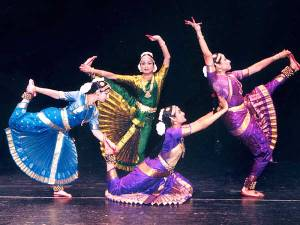 Folk Dances. 600 x 450.Information On Indian Festivals In Hindi Language