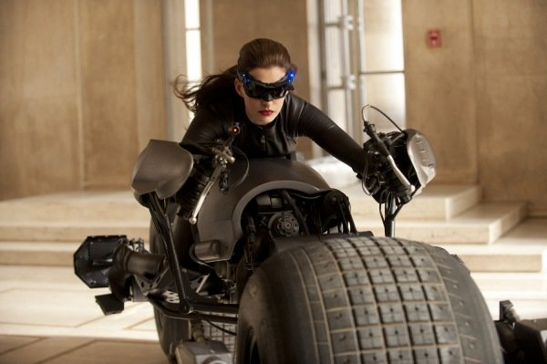 Anne Hathaway as the Catwoman?!