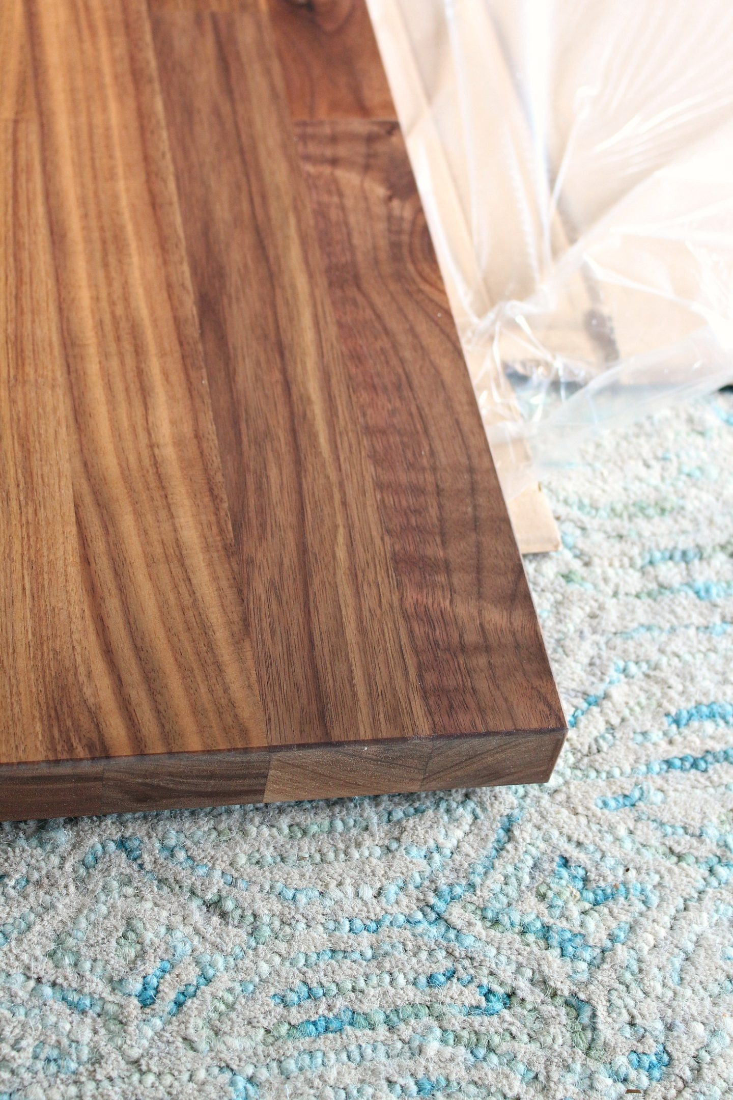 Cutting And Installing Ikea Karlby Walnut Counter Dans Le Lakehouse