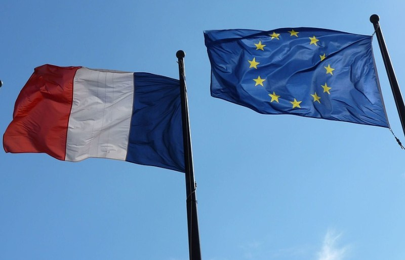 csm_France-and-EU-flag_81d3e673a5