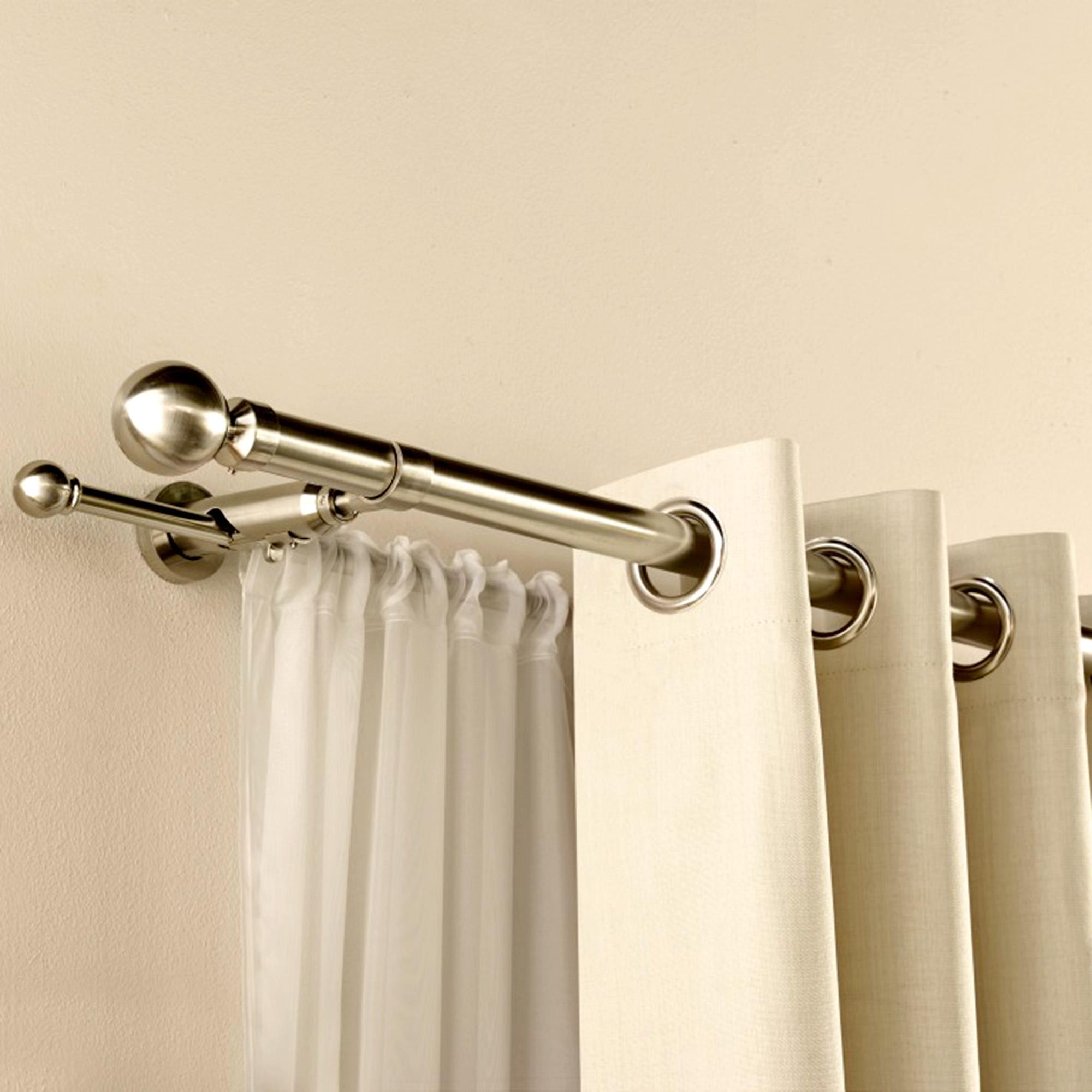 Door Curtain Pole Tips On Selecting Striking Curtain Poles Darbylanefurniture