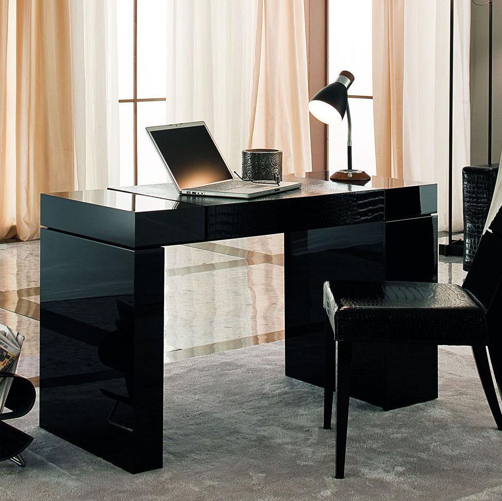 How To Decorate Your Office Decorate Your Office With A Unique Home Office Desk