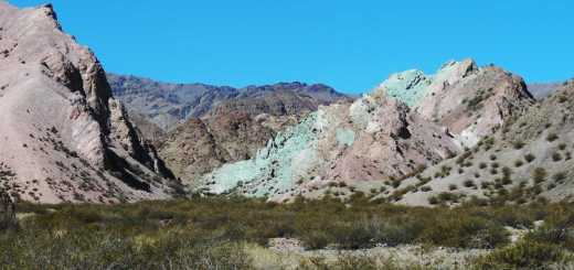 Ruta13: crazy colours of the Andes