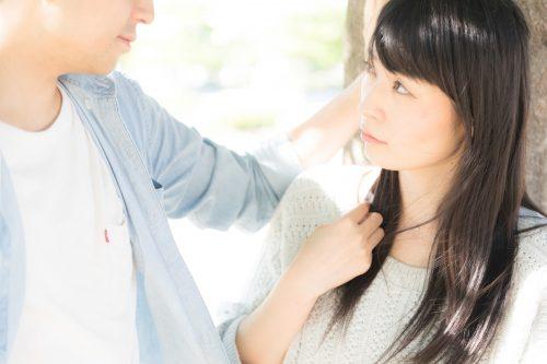 結婚を一言で表すと何ですか?男性は「愛・幸せ」、でも女性は…ちょっと悲しいワード続出
