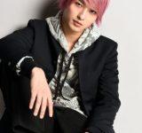 横浜流星、ピンクの髪で女子騒然!アラサー女子にアプローチするイケメン不良高校生に
