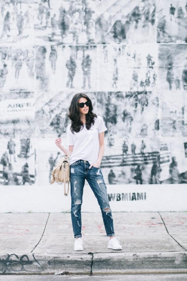 Basic Style - white t-shirt - miami fashion blogger