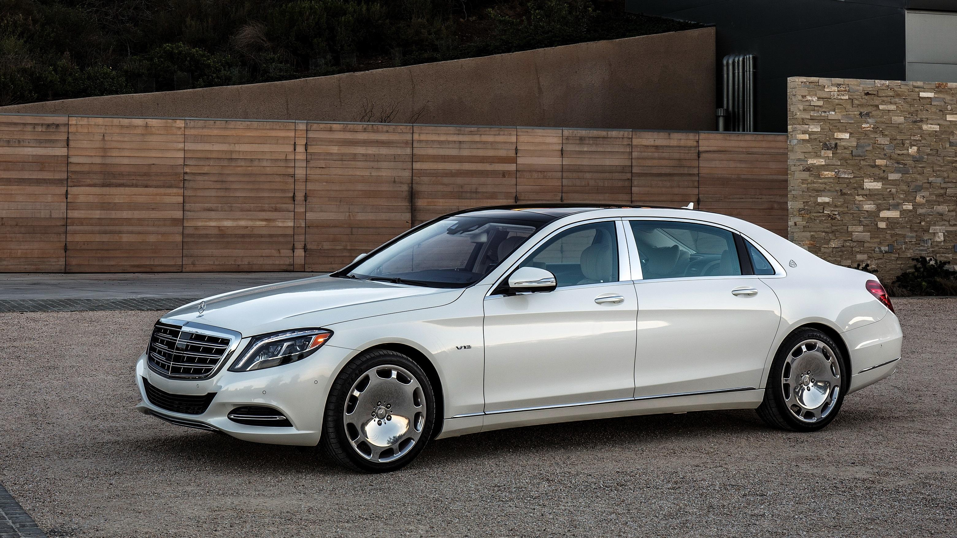 Animated Happy New Year D Hd Mercedes Maybach S600 Us Spec X222 Side View