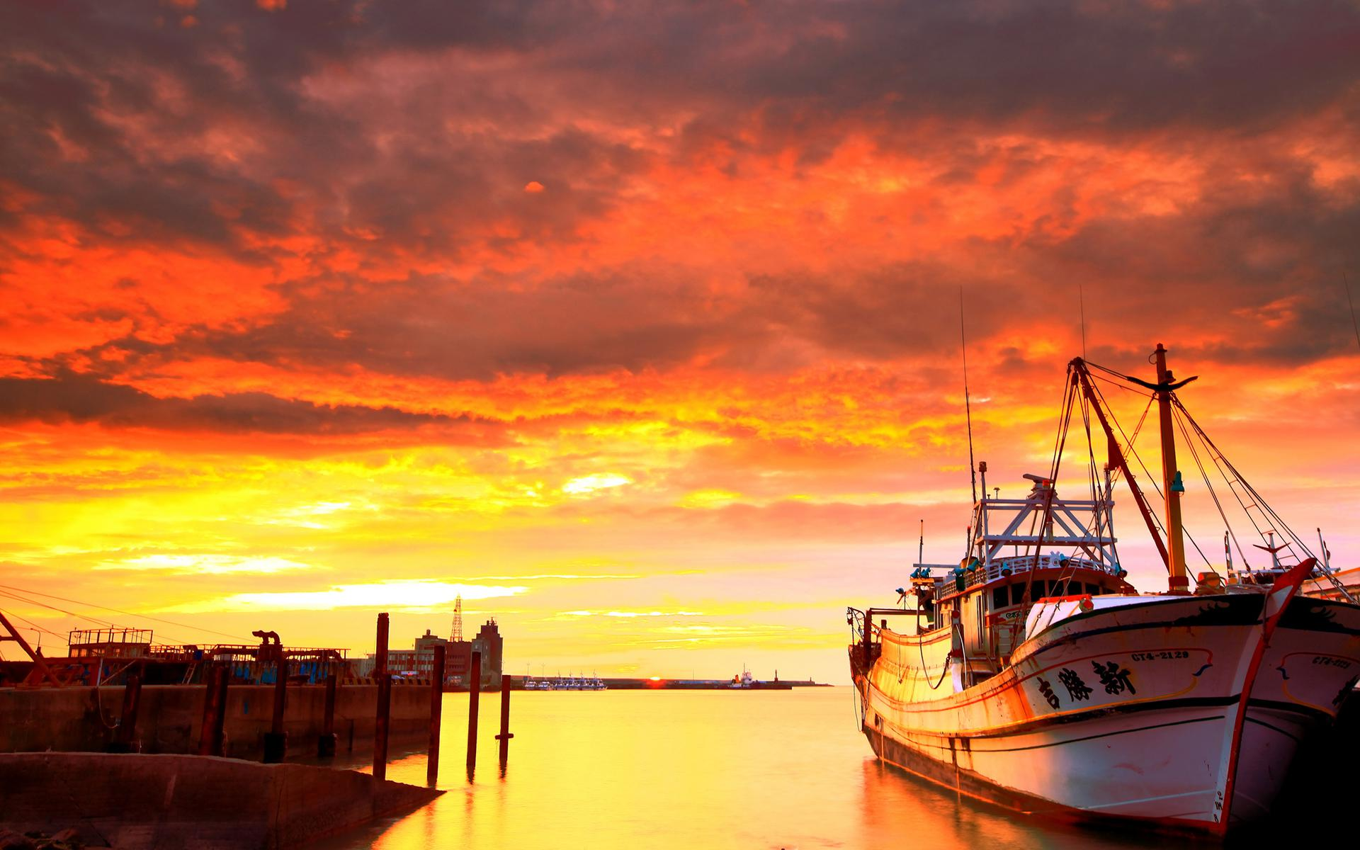 Funny Animated Wallpapers Hd Sunset Sunrise Sky Clouds Boats Ships Cool Wallpaper