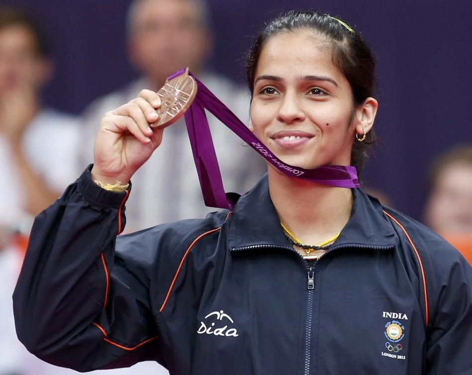 Indian Culture Wallpaper Hd Saina Nehwal Wins Bronze Devendro Singh Enters Quarter