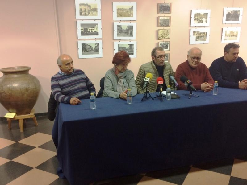 Se celebra la mesa redonda sobre la tradición alfarera y las perspectivas de futuro del sector en este municipio dentro de los actos del Centenario de la Ciudad