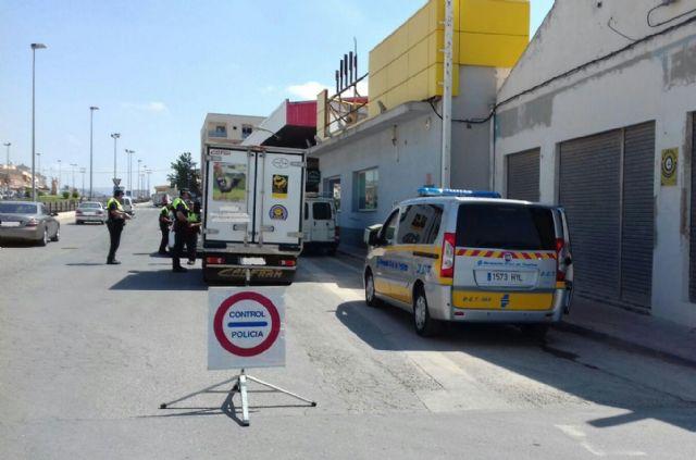 La Policía Local detiene a nueve personas por delitos contra la seguridad del tráfico y la salud pública en el marco de la campaña especial sobre control de la tasa de alcohol y presencia de drogas en conductores