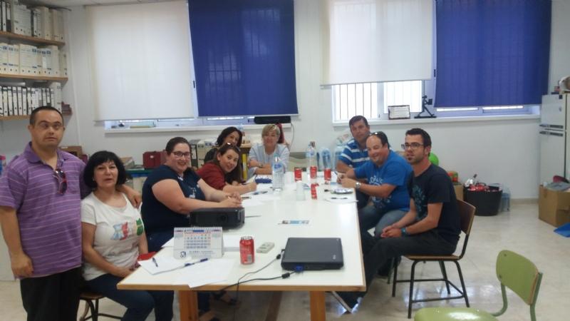 El concejal de Bienestar Social clausura el Taller sobre Elaboración de Currículum y Entrevista de Trabajo, que organiza la Asociación PADISITO