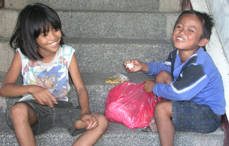 Happy meal. (davaotoday.com photo by Barry Ohaylan)