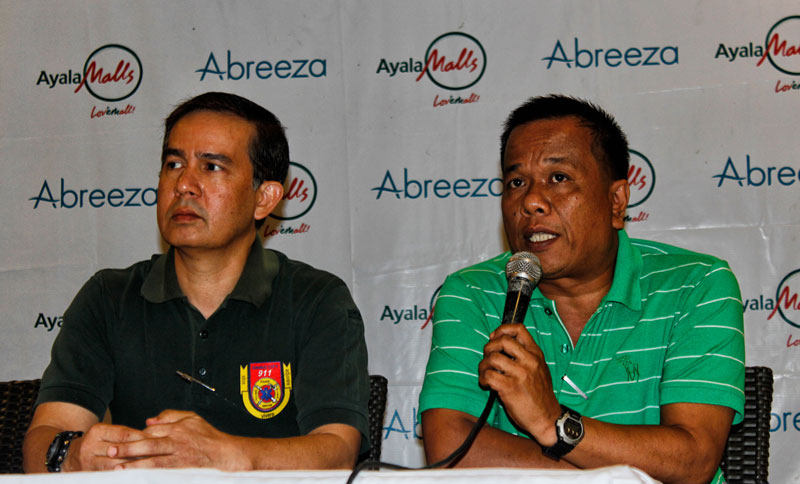 RETAINED. Pepito Capili (right), chief of the City Disaster Risk Reduction and Management Office, says 15 percent of the job orders assigned to them will be retained while some will be absorbed as regular employees under Mayor Rodrigo Duterte's term. Meanwhile, Central 911 Chief Emmanuel Jaldon (left) explained their rule in responding to natural and man-made disasters during Friday's Kapehan at the Abreeza Mall. (Medel V. Hernani/davaotoday.com)
