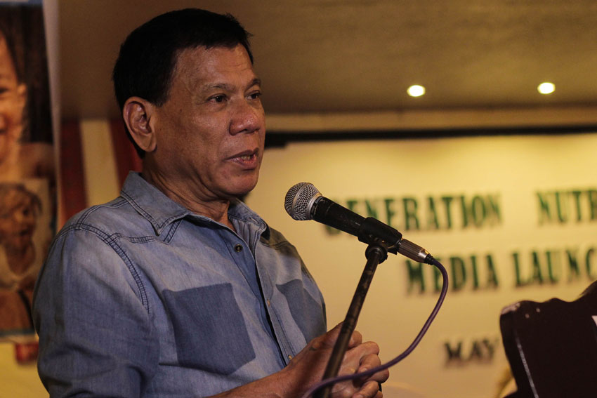 Duterte warns against syndicates over killings