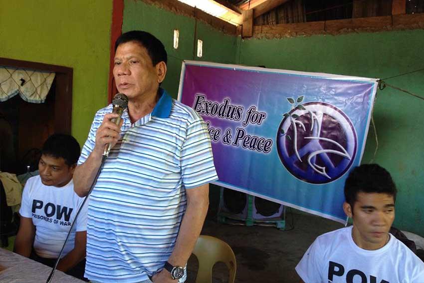 NPAs release POWs to Duterte