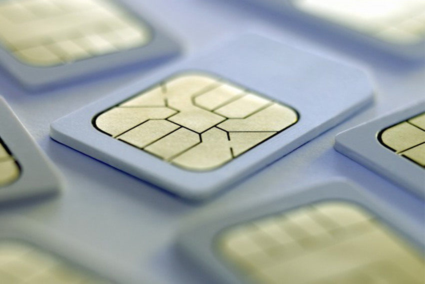 Registration of SIM card draws flak from mobile users, sellers
