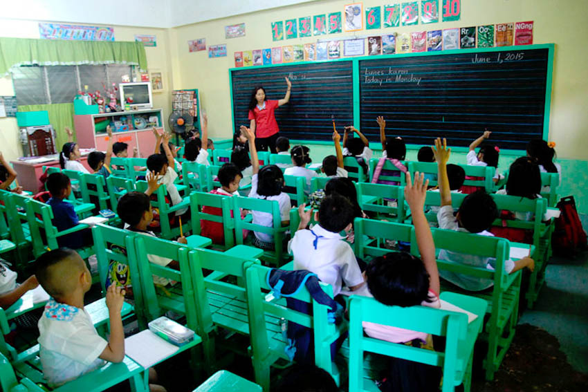 Neoliberal policies deepen school opening woes in PH