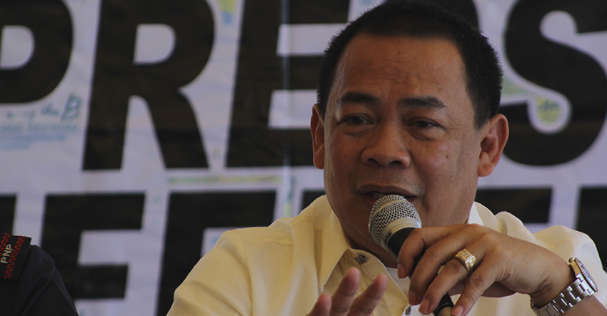 Land Transportation Office Region 11 Assistant Director Macario Gonzaga during the media conference Wednesday. (Ace R. Morandante/davaotoday.com)