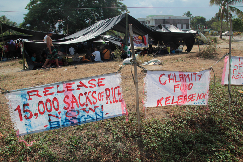 PRIMARY DEMAND. Farmers demanded for 15,000 sacks of rice to sustain each family for three months until rainy season comes in June. (Ace R. Morandante/davaotoday.com)