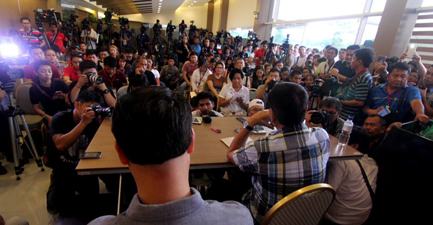 Numerous international, national and local media cramp inside a function room at the Matina Enclaves in Davao City during the first press conference of presumptive President Rodrigo Duterte a week after the elections. (Ace R. Morandante/davaotoday.com file photo)