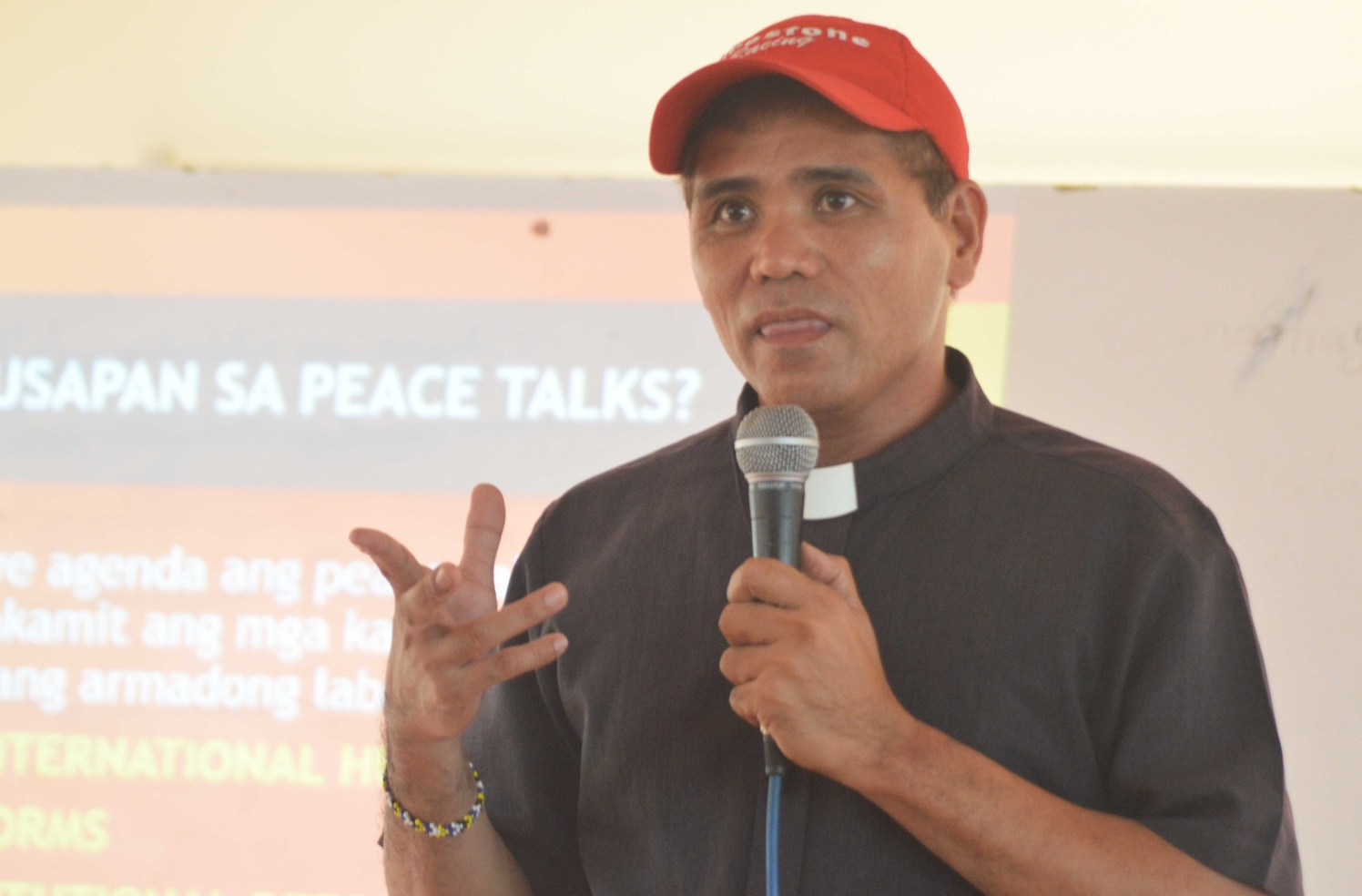 Exodus for Justice and Peace convener Pastor Jurie Jaime is one of the lecturers during the forum on the peace negotiations held at the Pastoral Building of the Redemptorist Church in Davao City on Monday, August 22, 2016. (Medel V. Hernani/davaotoday.com)
