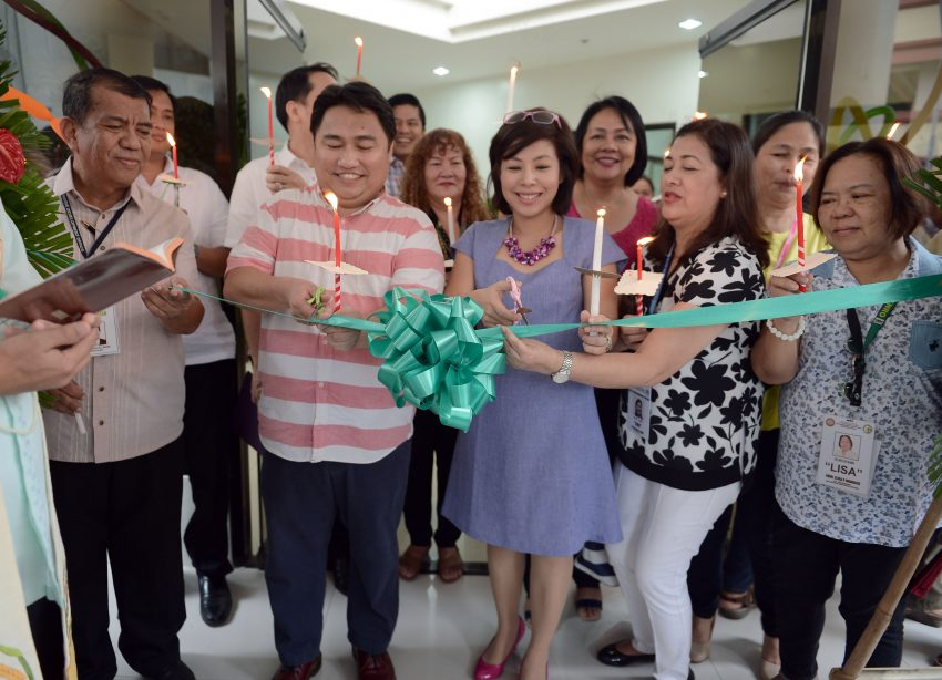 CITY HALL ANNEX BUILDING. City Administrator Atty. Zuleika T. Lopez leads the opening of the new City Hall Annex Building located along A. Pichon Street, Davao City on Friday, September 9. (Photo by City Information Office)