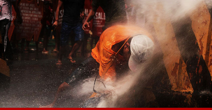 Military uses water cannons against Lumad, Moro protesters