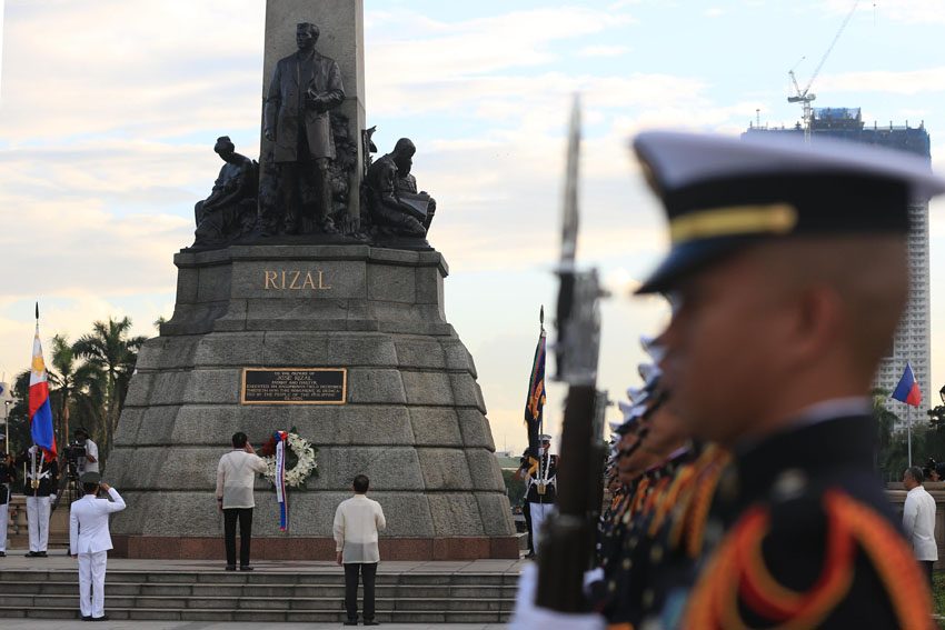 RIZAL DAY. President Rodrigo Duterte leads the commemoration of the 120th anniversary of Dr. Jose Rizal's martyrdom at the Rizal National Monument in Manila on Friday, Dec. 30,2016. (REY BANIQUET/ Presidential Photo)