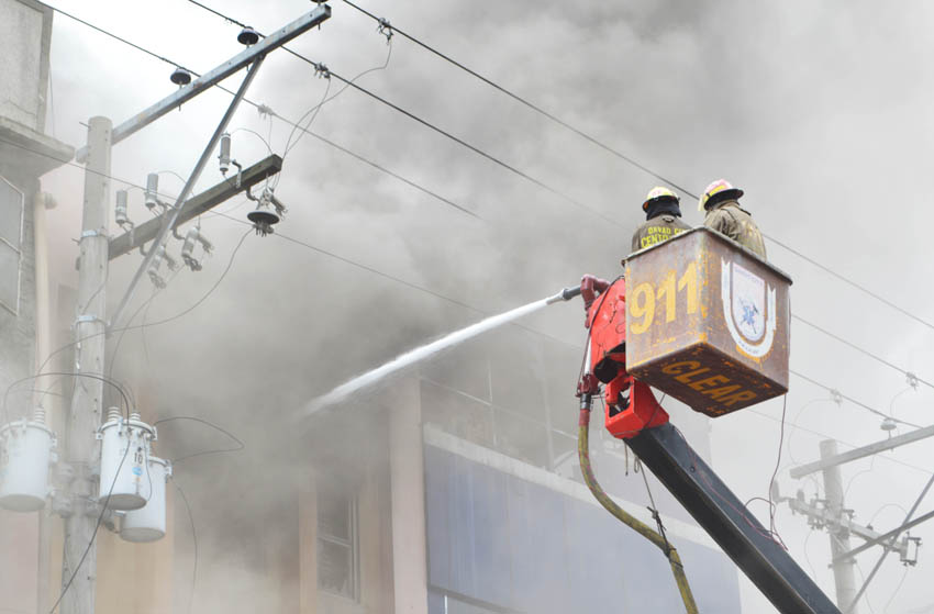 IN PHOTOS| Fire in Davao's Magsaysay Avenue