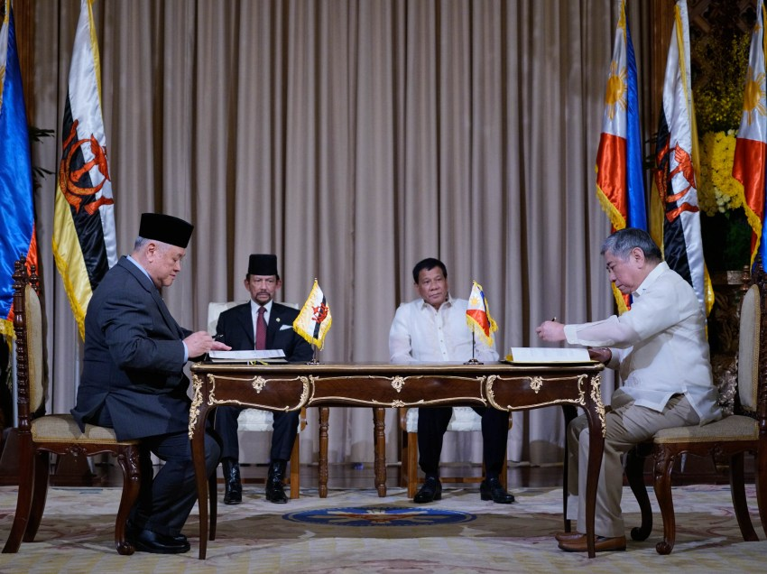 PHL, Brunei ink pact on cultural exchange, halal industry