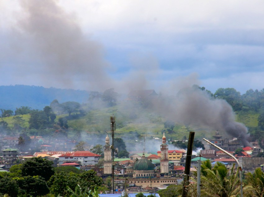 Maranao leaders ask gov't to open access roads in Marawi