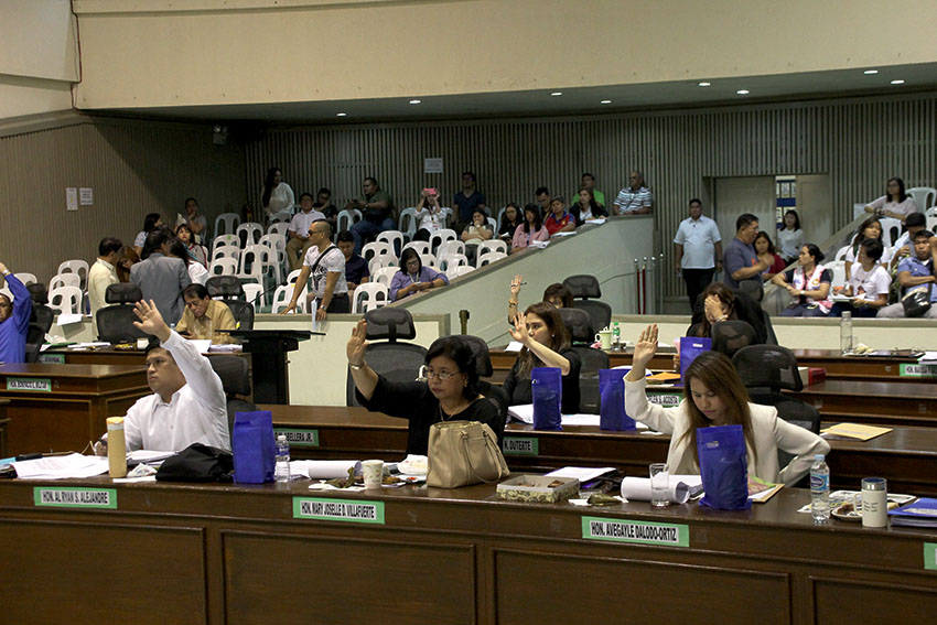 Davao City Council approves anti-unattended bag law