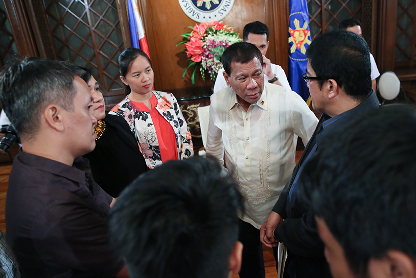 LOOK: President Duterte meets with activists in Malacañang