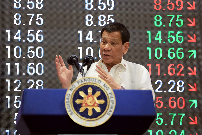 LOOK: Duterte's first time to visit Philippine Stock Exchange