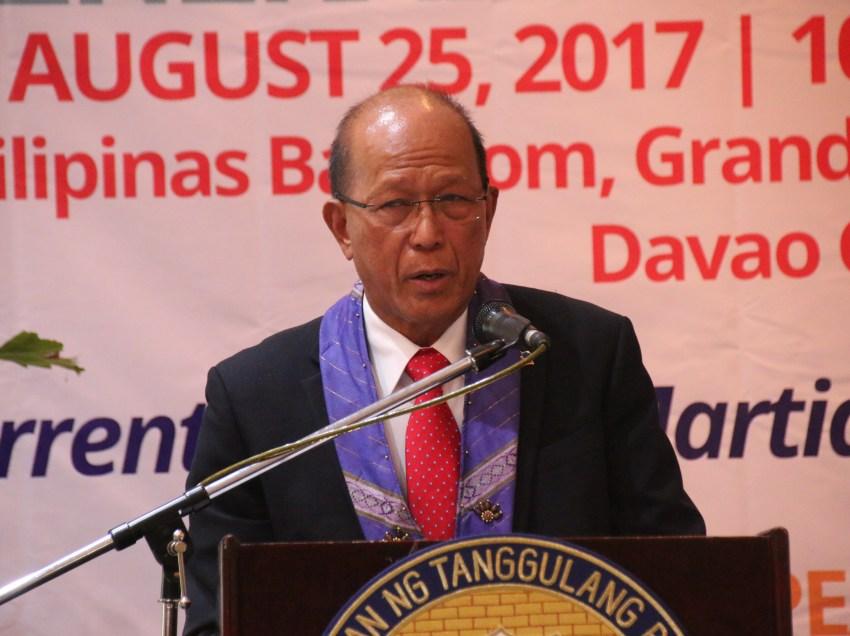Solons slam Lorenzana's anti-peace talks stance