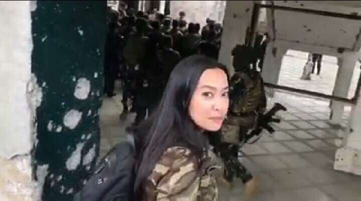 Mocha Uson under fire for visiting Marawi mosque without a hijab