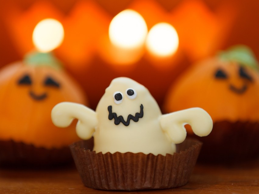 Throwing a Halloween party? Here are 5 tips to an eco-friendly event