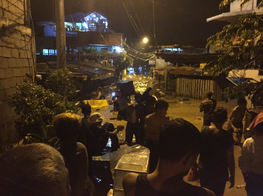 Hundreds evacuate in Davao City as river bank bursts