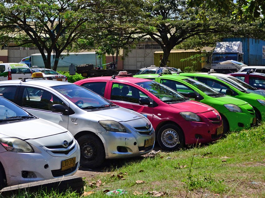 Taxi fare hike starts, raises commuters ire