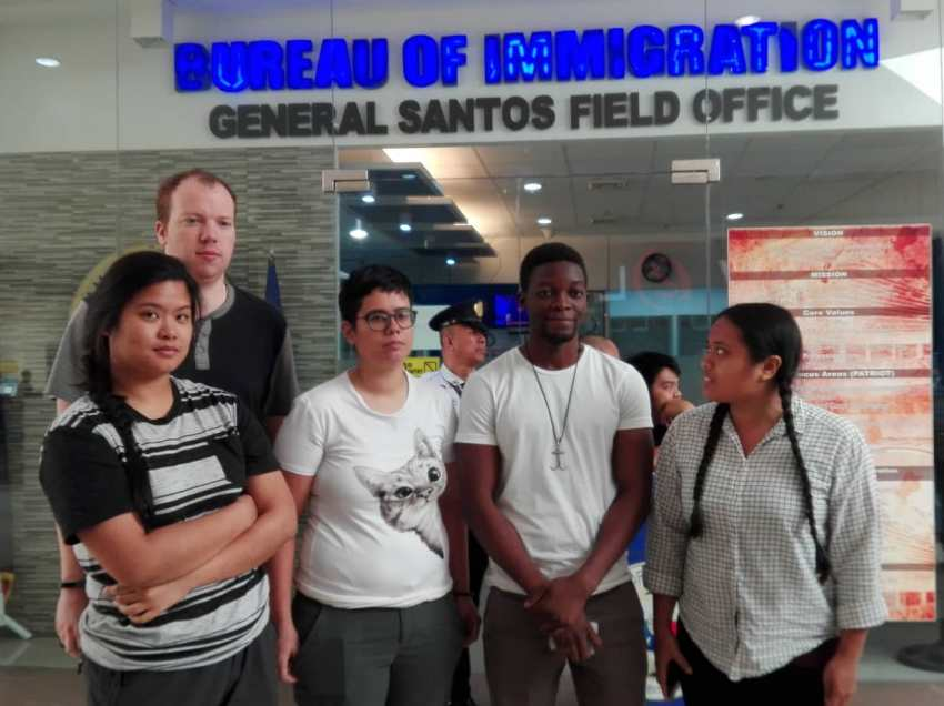 Foreign human rights advocates held in a checkpoint in South Cotabato