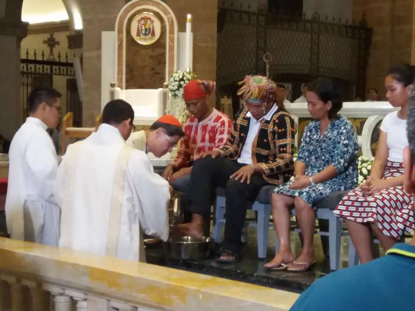 Archbishop Tagle washes feet of Lumad leaders