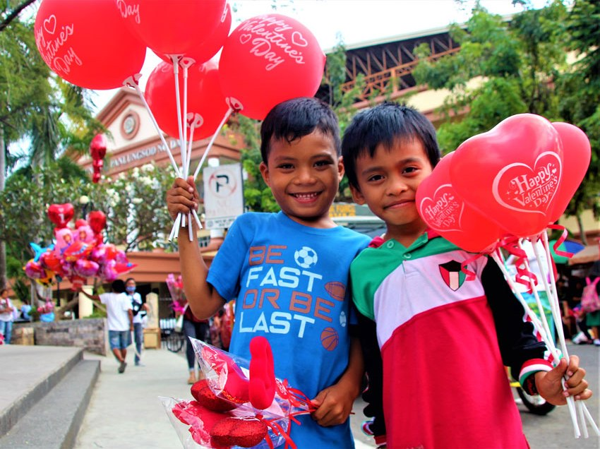 Children earn on day of hearts