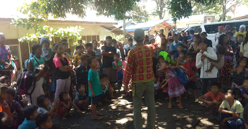 Paramilitary forcing Lumad evacuees to go home, group claims