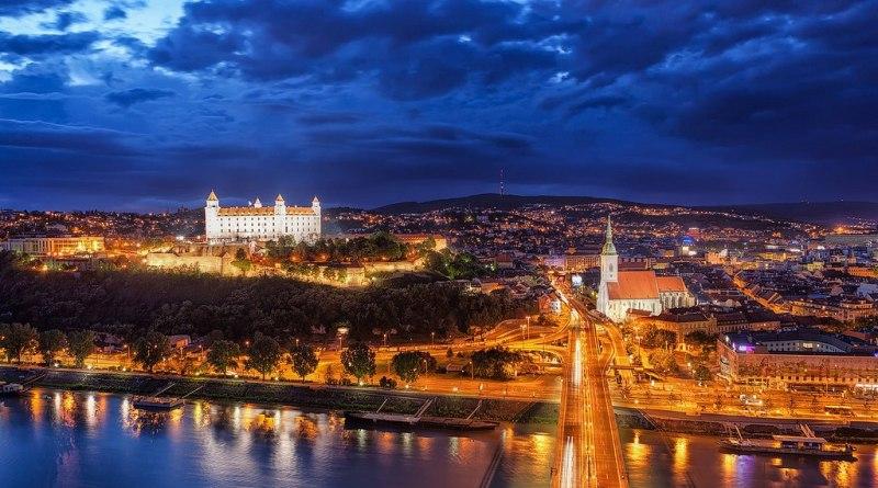 Družstevné podnikanie na Slovensku