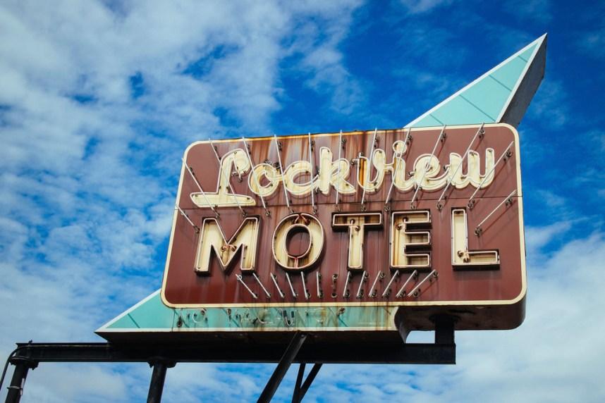 Lockview Motel