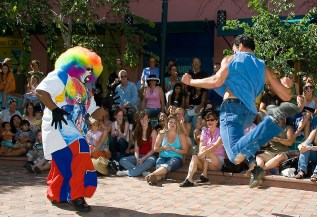 SUMMERDANCE Santa Barbara, Dance About Town - Tommy & the Hip Hop Clowns, 7/13/06 Paseo Nuevo