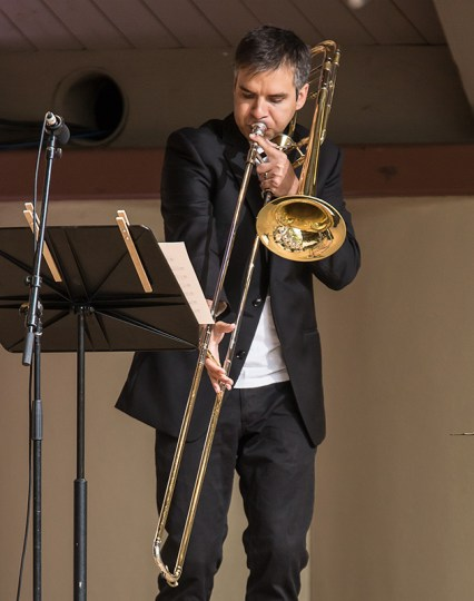 """Ojai Music Festival - Michael Lormand hits a low note in Ethan Treiman's Birdsong"""" 6/12/16 Libbey Bowl"""